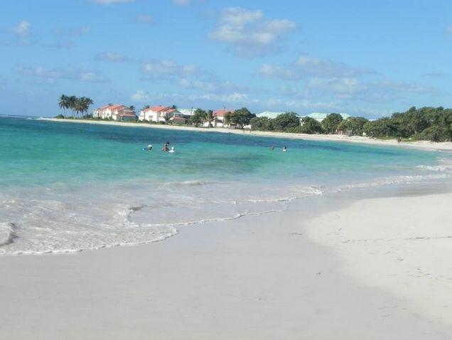 Location vacances Crystal Beach Saint-François Guadeloupe